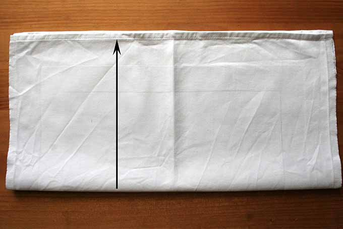 Miter Fold Step 2 | Foodal.com