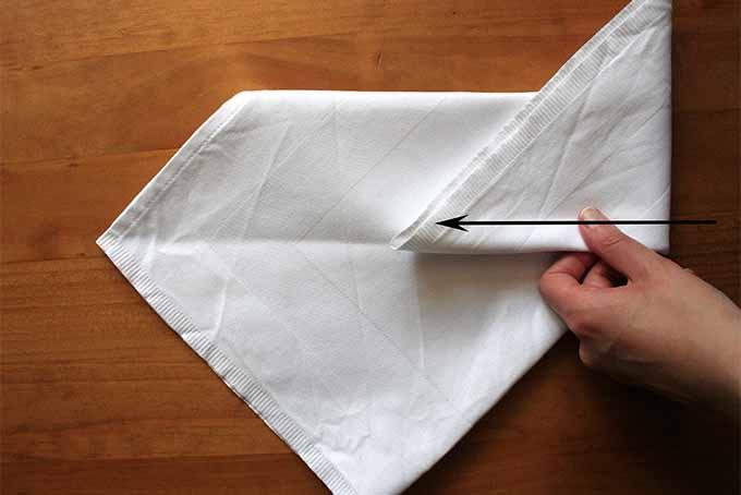 Miter Fold Step 8. | Foodal.com