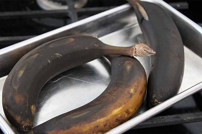 Roasted Bananas in Their Peels | Foodal.com