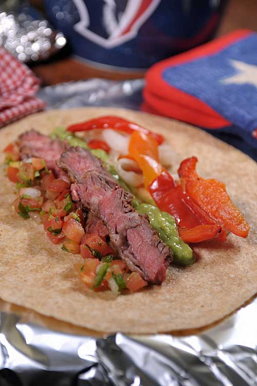 Want to sample some of the best Tex-Mex Arrachera Fajitas? If so, you've got to sample this easy to make recipe now. It's perfect for tailgating and home grilling! http://foodal.com/recipes/beef/the-best-arrachera-fajitas/