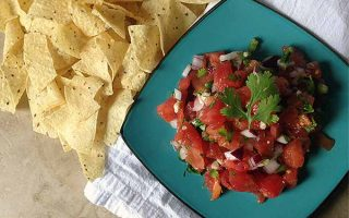 Fresh & Simple Salsa: Homemade Pico de Gallo