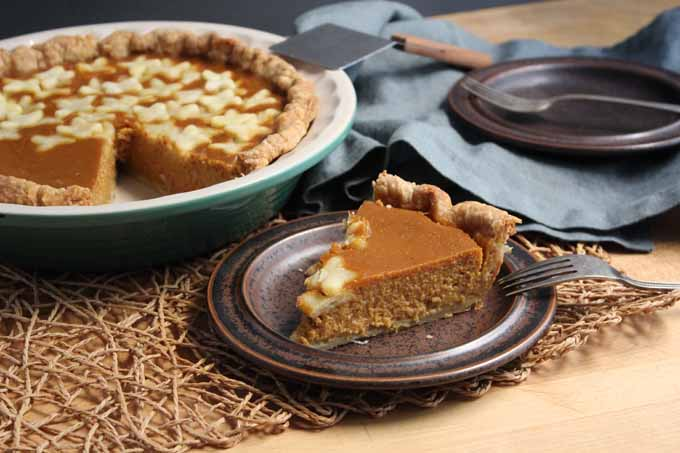 A tasty pumpkin pie flavored with sage.