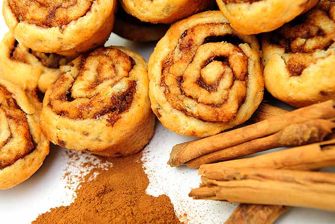 Cinnamon Buns and Sticks | Foodal.com