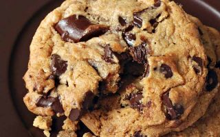 Flat Chocolate Chip Cookies Cover | Foodal.com
