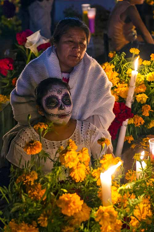 Not familiar with Dia de los Muertos? It's Mexico's autumn celebration, happening quite close to Halloween, and with similar roots and traditions. Read more here: https://foodal.com/holidays/halloween/celebrate-dia-de-los-muertos/