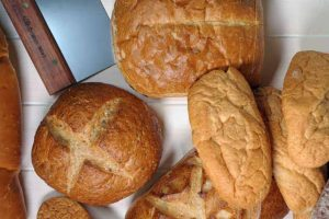 The Top 11 Tools for Baking Bread