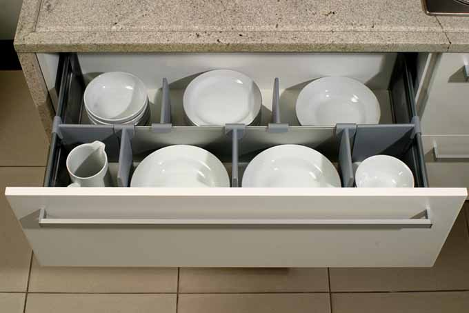 Avoid Kitchen Mishaps with Your Kitchenware   Foodal.com