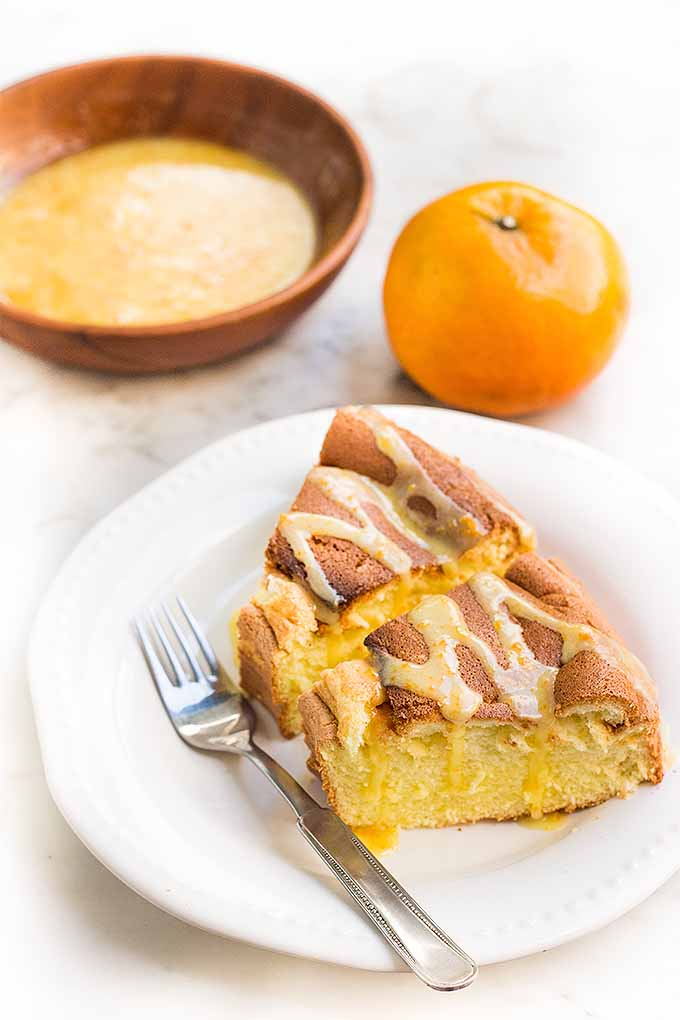 Have your cake and eat it too- gluten-free and lactose-free! Get our recipe for Mandarin Orange Sponge Cake now: https://foodal.com/recipes/desserts/gluten-lactose-free-mandarin-orange-sponge-cake/