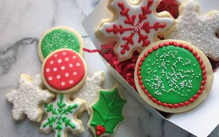 Ultimate Guide to Royal Icing | Foodal.com