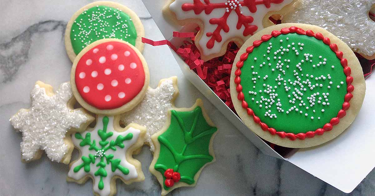 The Ultimate Guide to Royal Icing for Decorating Holiday Cookies ...