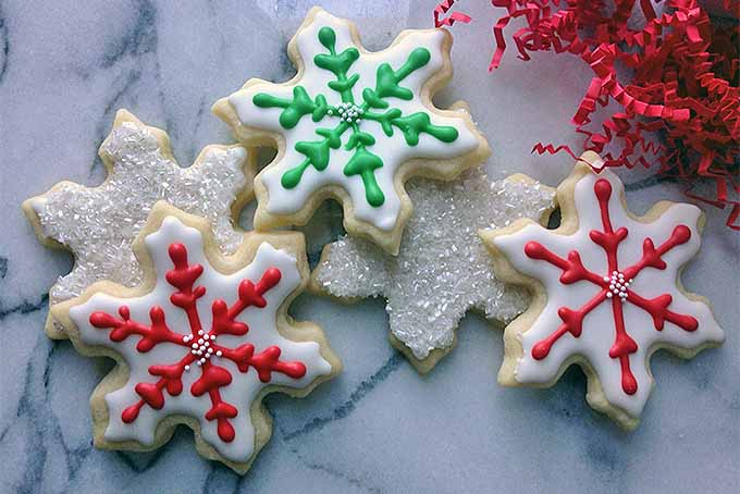 Snowflake Sugar Cookies for the Holidays | Foodal.com