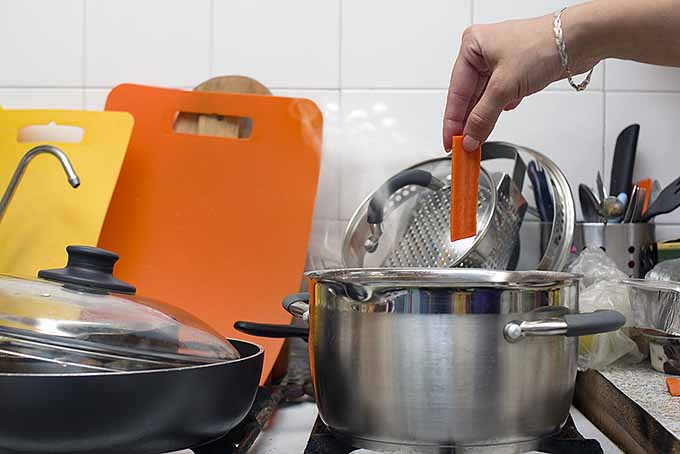 Steering Clear of Kitchen Burns and Other Harms | Foodal.com