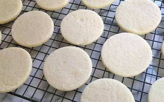 The Best Sugar Cookies | Foodal.com