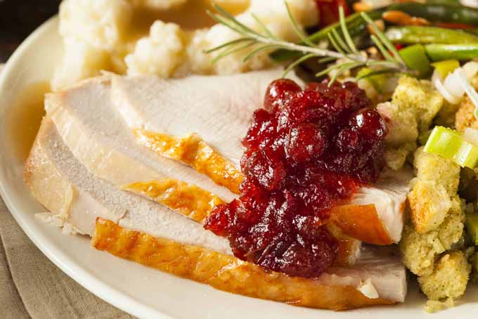 Quick Tips to Stretch Thanksgiving Dinner | Foodal.com