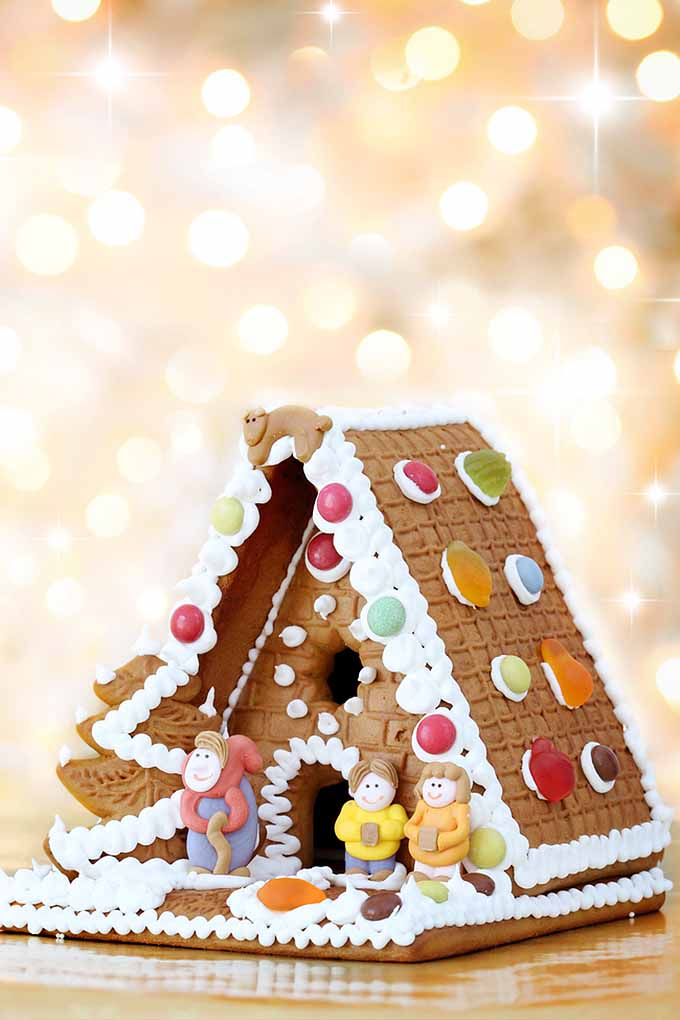 Learn all about the history of gingerbread this holiday season: https://foodal.com/holidays/christmas/history-of-gingerbread/