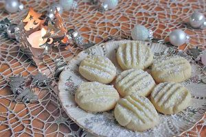 Tender Snowflake Cookies That Will Melt In Your Mouth