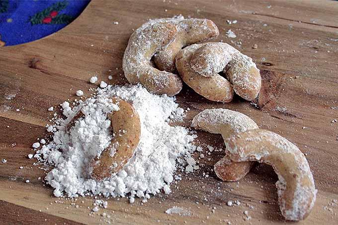 Crescent Cookies | Foodal.com