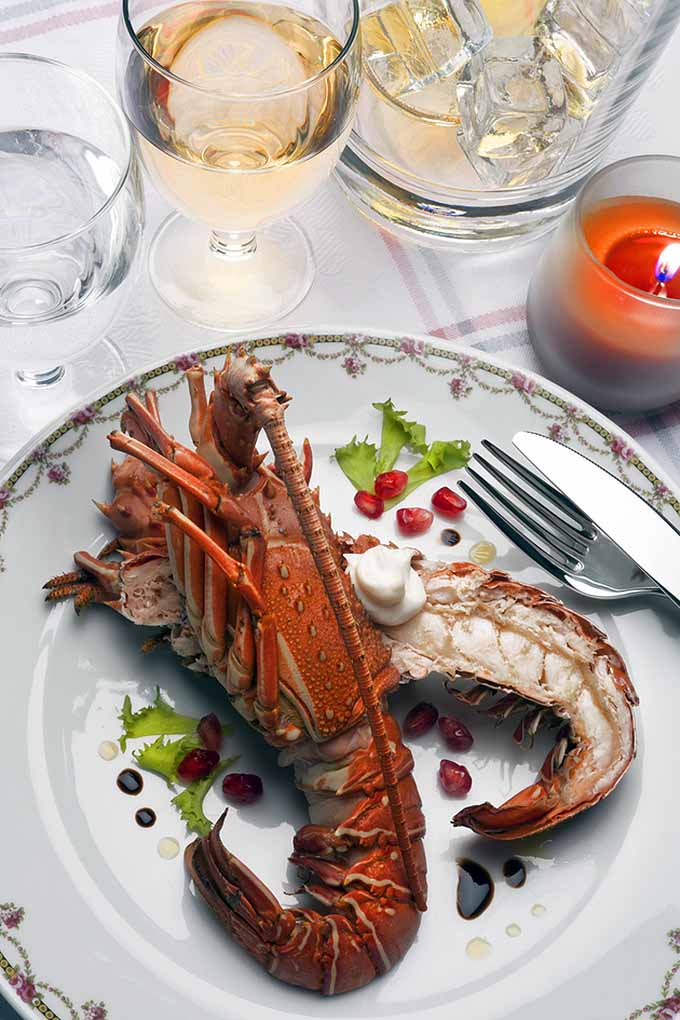 Enjoy an Italian-tinged Christmas Eve by hosting your very own Feast of Seven Fishes