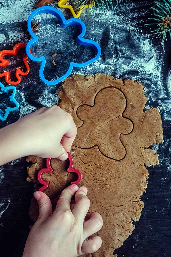 Have you ever wondered why we decorate gingerbread at the holidays? Learn all about the history of this sweet treat here: https://foodal.com/holidays/christmas/history-of-gingerbread/