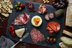 5 Steps to Create the Perfect Meat and Cheese Board