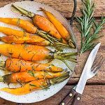 Roasted Carrots with Rosemary and Honey Glaze | Foodal.com