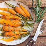 Roasted Carrots with Rosemary and Honey Glaze | Foodal.com