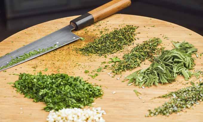 Chiffonade Cut | Foodal.com