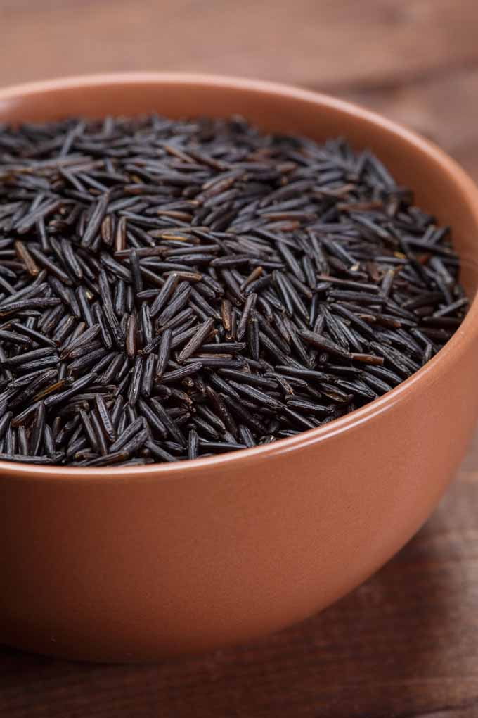 Want to learn how to prepare and cook wild rice? Learn more: https://foodal.com/knowledge/paleo/wild-rice/