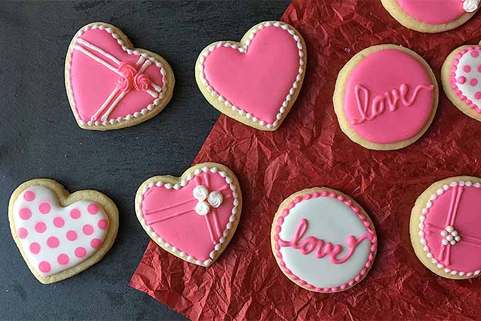 The Cutest Cookie Decorating Tips for Valentine's Day | Foodal.com