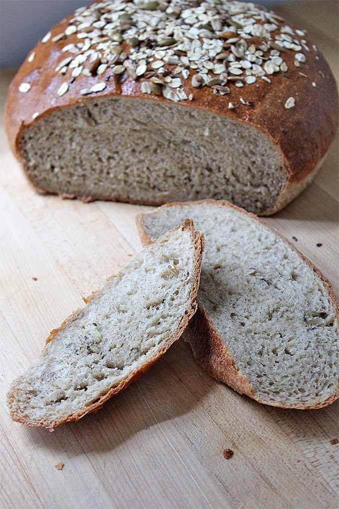 Want to bake delicious whole grain bread at home? Learn how with our tips: https://foodal.com/knowledge/baking/bake-with-whole-grains/