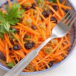 Check out this delicious carrot raisin salad with fresh lemon aioli, and make your own at home. | Foodal.com
