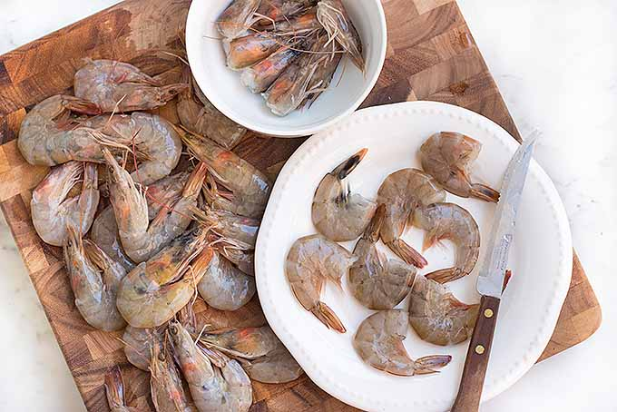 Fresh shrimp, with and without shells | Foodal.com