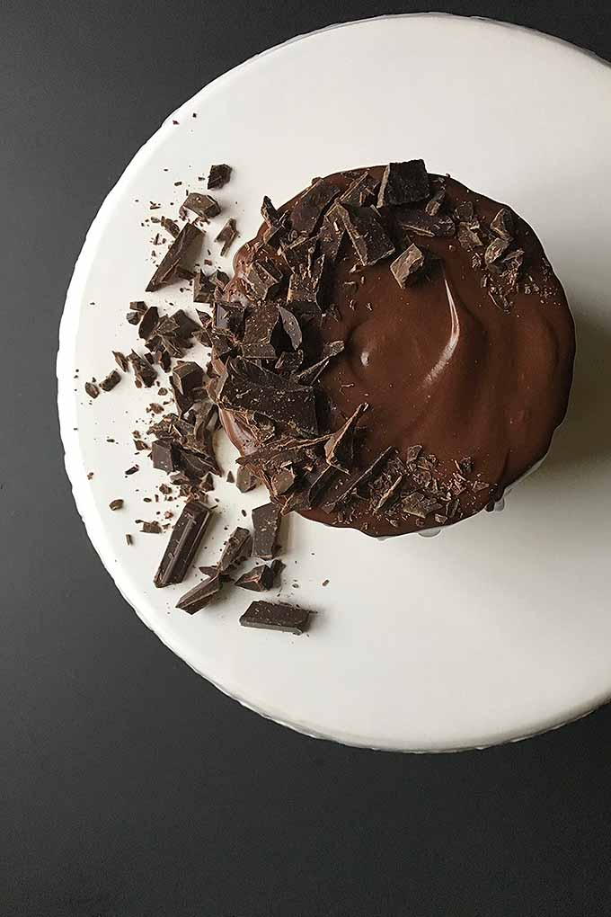 Transform any cake into the most irresistible dessert in the world by covering it in decadent chocolate ganache. We share our recipe: https://foodal.com/recipes/desserts/chocolate-ganache/