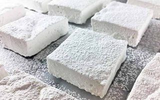 Nothing But Fluffy Fun: Tasty Homemade Marshmallows in Your Favorite Flavors