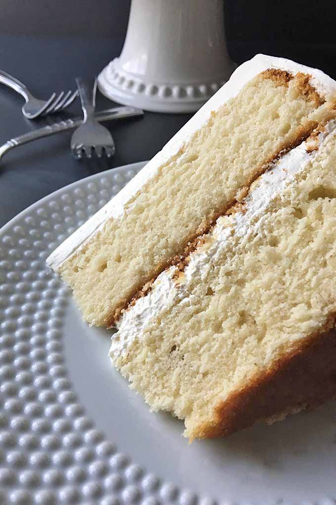 Looking for an easy and delicious vanilla cake to make? We share our recipe: https://foodal.com/knowledge/baking/very-vanilla-cake/