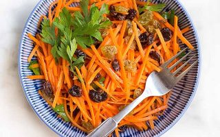 Serve Up a Quick Weeknight Side Dish: Carrot Raisin Salad with Lemon Aioli