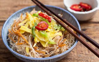 Fried Bee Hoon with Chicken and Veggies