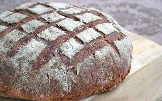 Dark Rye Bread: A European Tradition