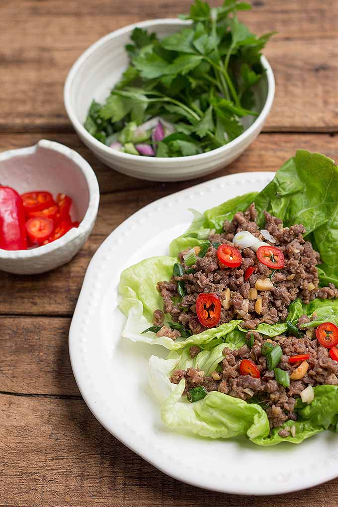 Looking for a healthy and fast meal that packs a spicy punch? We share our recipe for spicy ground beef lettuce wraps on Foodal: https://foodal.com/recipes/beef/spicy-ground-beef-lettuce-wraps/