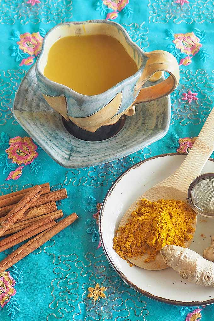 Make your own turmeric tea at home to get the full and fragrant effect of assorted spices. We share our recipe: https://foodal.com/drinks-2/tea/golden-turmeric-tea/