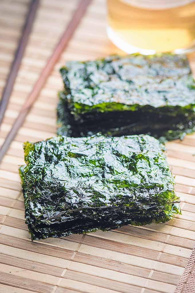 Want to learn more about the thin, green, papery stuff wrapped around your sushi? Get all the info you need to know about seaweed, the ocean's great superfood! More on Foodal: https://foodal.com/knowledge/paleo/seaweed-marine-superfood/