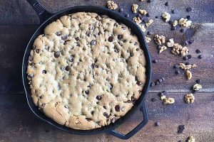 Giant Chocolate Chip Pan Cookie