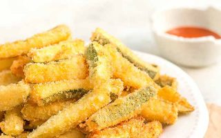 Crispy and Delicious Deep-Fried Zucchini Fries