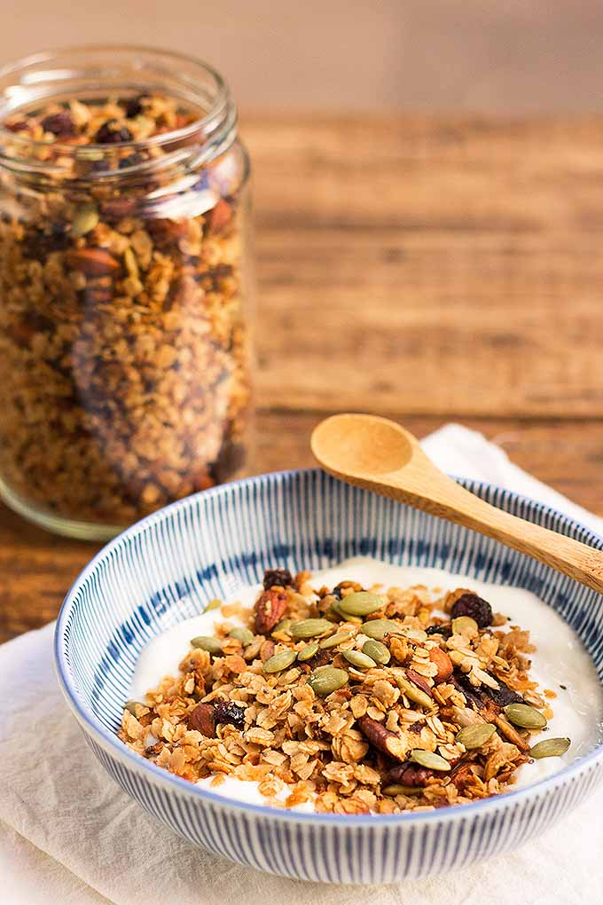 Having a quick option like this homemade granola is a lifesaver, allowing you to enjoy a nutritious breakfast in just minutes. We share this protein-packed recipe: https://foodal.com/recipes/breakfast/make-granola/