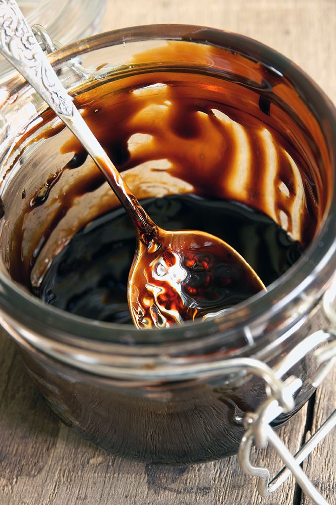 The dark history behind molasses is no reason to eschew this versatile and flavorful sweetener now on Foodal: https://foodal.com/knowledge/baking/why-try-molasses/