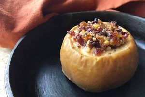 Baked Apples With Dried Fruit and Nuts