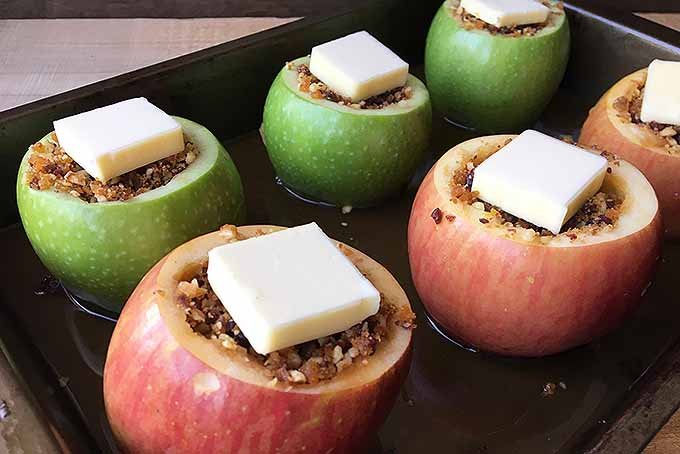 Baked Apples with Nuts and Fruit | Foodal.com