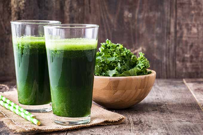 Kale, broccoli, and other greens promote good eye health | Foodal.com