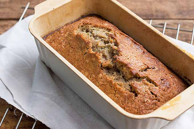 Make Zucchini Bread | Foodal.com