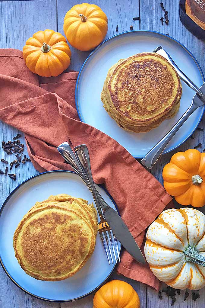 Enjoy a tall stack of our delicious, fall-themed flapjacks for breakfast, brunch, or brinner! We share the recipe now: https://foodal.com/recipes/breakfast/pumpkin-spice-pancakes/